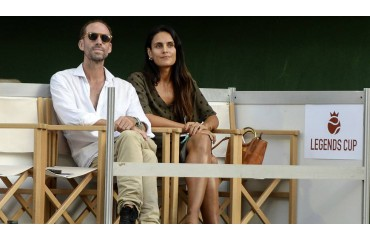 Joseph Fiennes, the secret life of the actor from The Maid's Tale with his Spanish wife in Mallorca